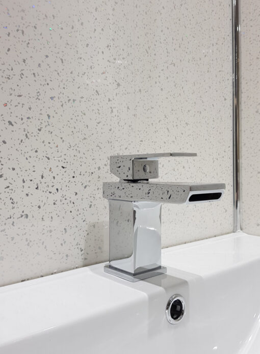 White sparkle wall cladding